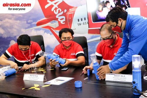 AirAsia responds to #LightItForward Challenge, partners with Liter of Light as its official airline carrier