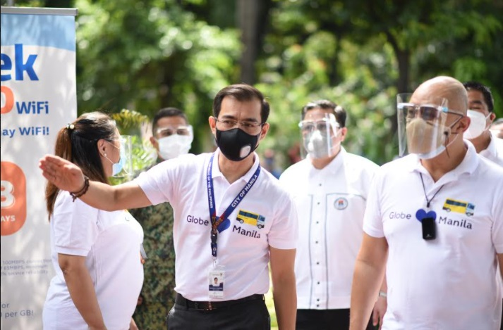 "Globe launches its 'Bagong Paandar"" in Manila: KonekTayo School Bus WiFi"