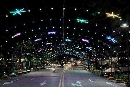 Ortigas Land lights up Ortigas East for the modern day heroes of the country