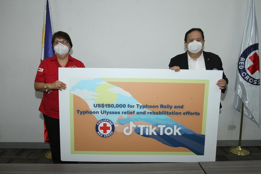 TikTok officially turned over US$150,000 donation to Philippine National Red Cross