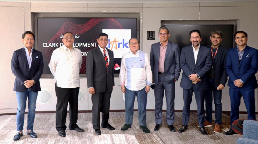 Gaerlan meets with MVP, PLDT Execs for ICT, utilities and service projects