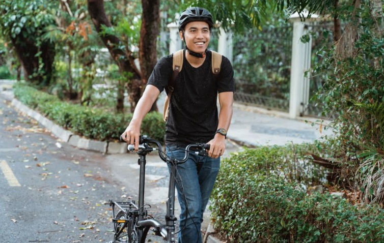 Ride Safe with these bike safety tips from Allianz PNB Life