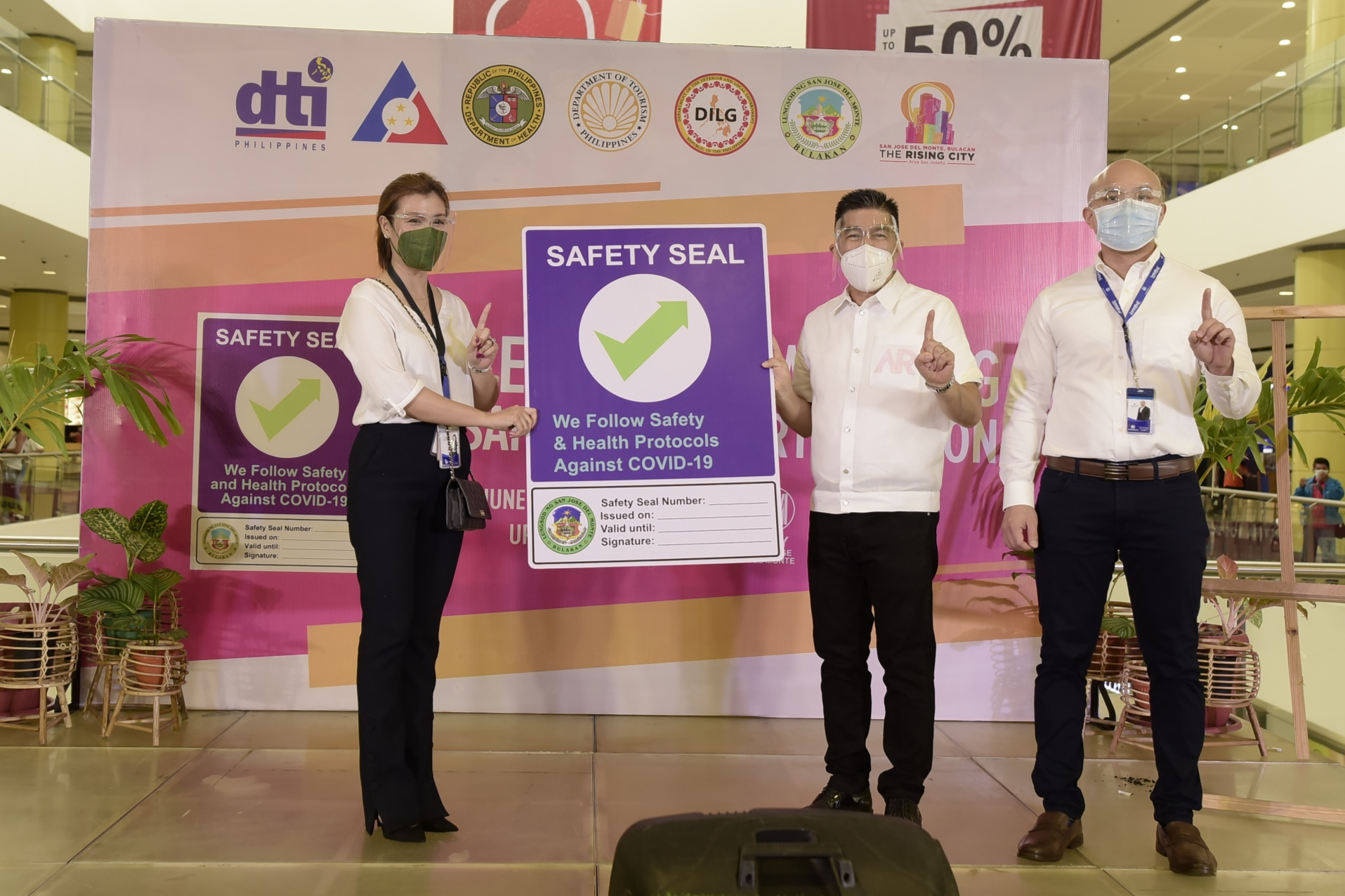 SM Malls in SJDM, Pulilan Awarded with Safety Seal Certification
